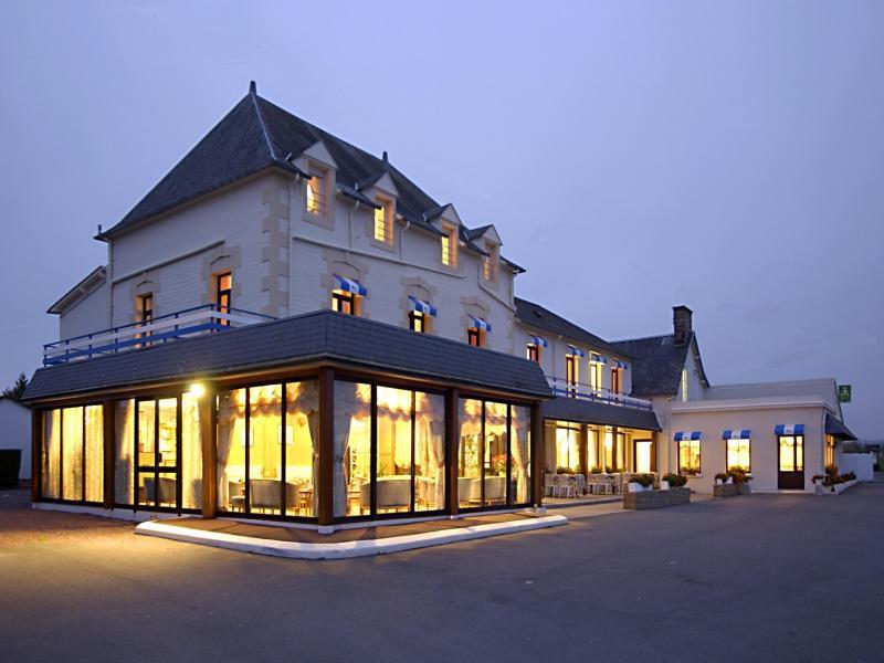 Hotel Les 13 Assiettes à 50300 Le VAL SAINT PERE Manche en Normandie