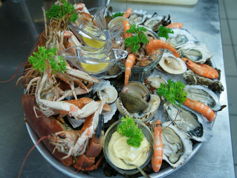 Trouville Restaurant Fruits De Mer