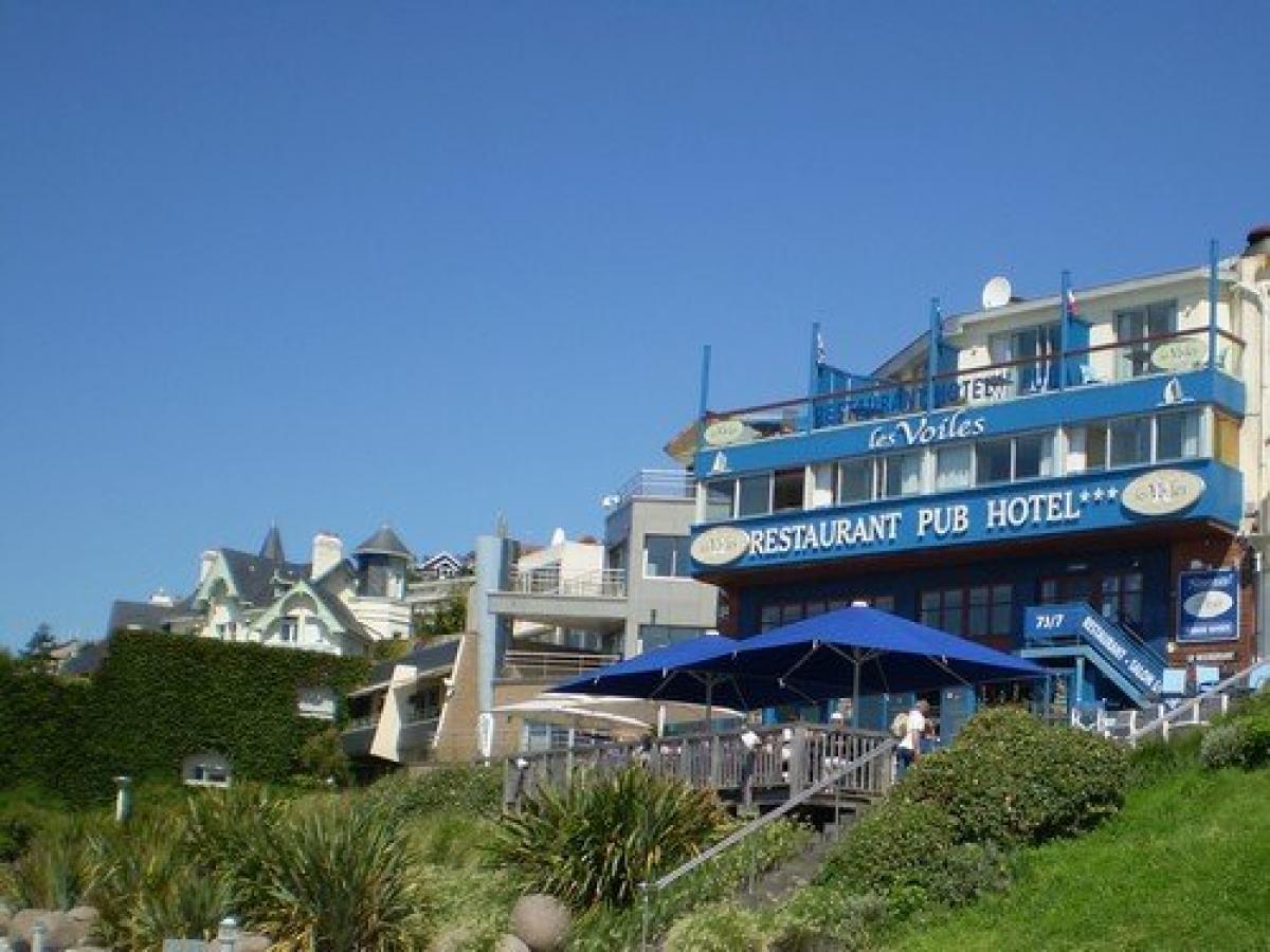 Hotel Logis Les Voiles - Hotel en Normandie