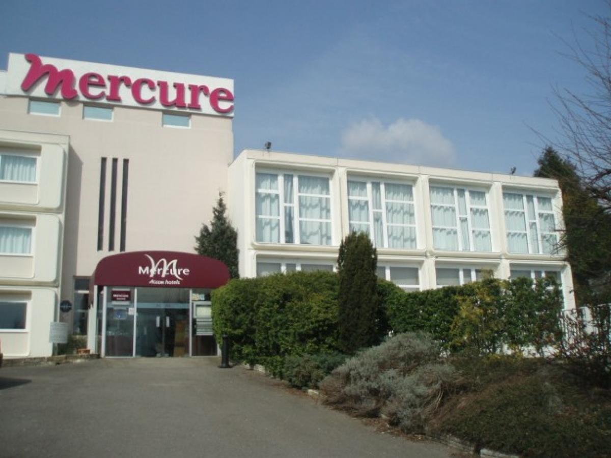 Hotel Mercure Val de Reuil  - Hotel en Normandie