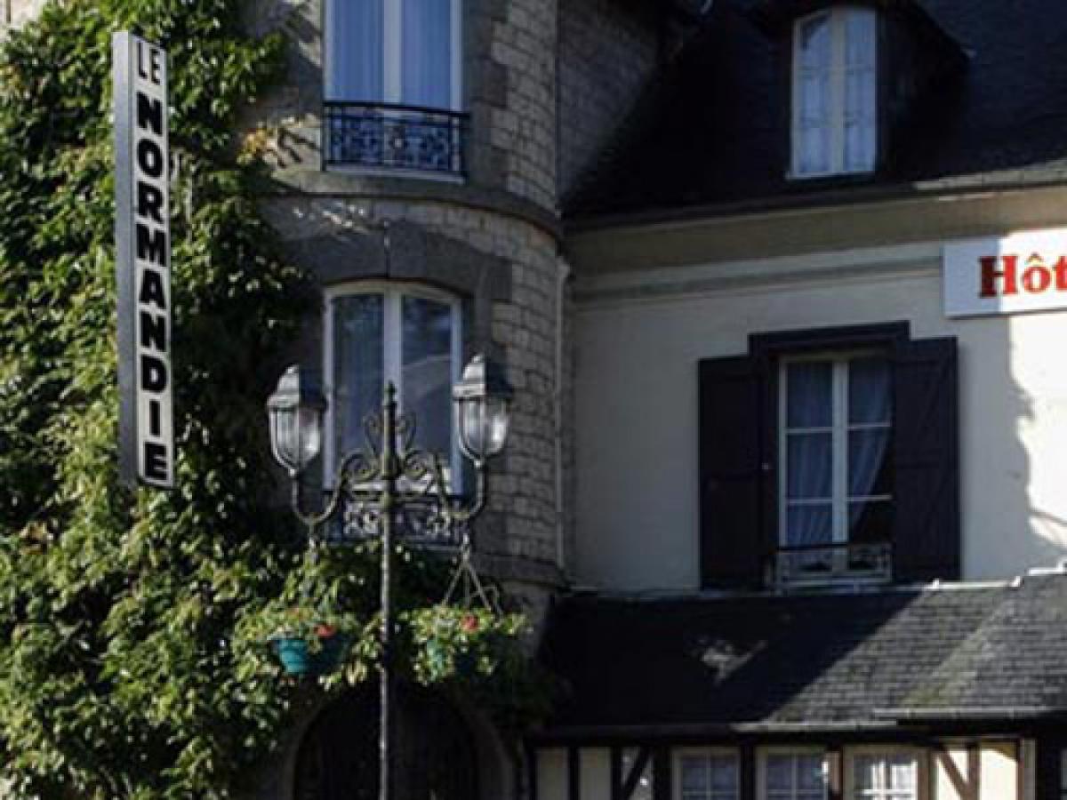 Hotel Le Normandie Bagnoles de l'Orne - Hotel en Normandie